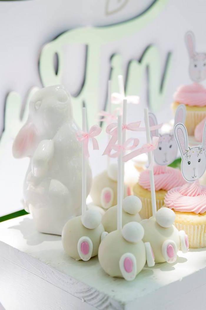 Bunny Bum Cake Pops from a Somebunny is One Birthday Party on Kara's Party Ideas | KarasPartyIdeas.com (38)