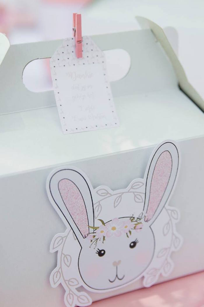 Bunny Tag + Gable Lunchbox from a Somebunny is One Birthday Party on Kara's Party Ideas | KarasPartyIdeas.com (34)