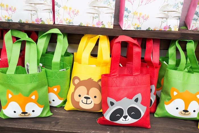 Colorful Woodland Animal Favor Bags from a Woodland Animal Favor Bags from a Woodland Animals & Fairies Enchanted Forest Party for Twins on Kara's Party Ideas | KarasPartyIdeas.com (25)