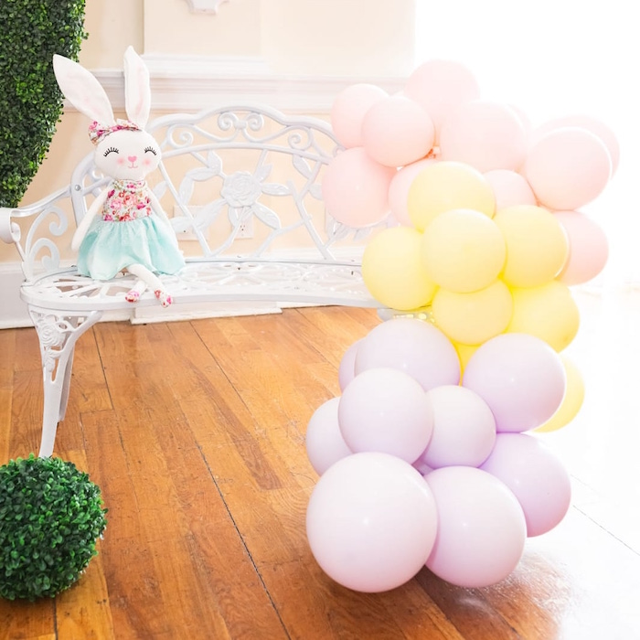 Garden Bench with Balloon Garland form a Garden First Birthday Party on Kara's Party Ideas | KarasPartyIdeas.com (13)