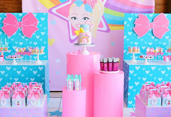 JoJo Siwa-inspired Dessert Spread from a JoJo Siwa Girly Glam Birthday Party on Kara's Party Ideas | KarasPartyIdeas.com (13)