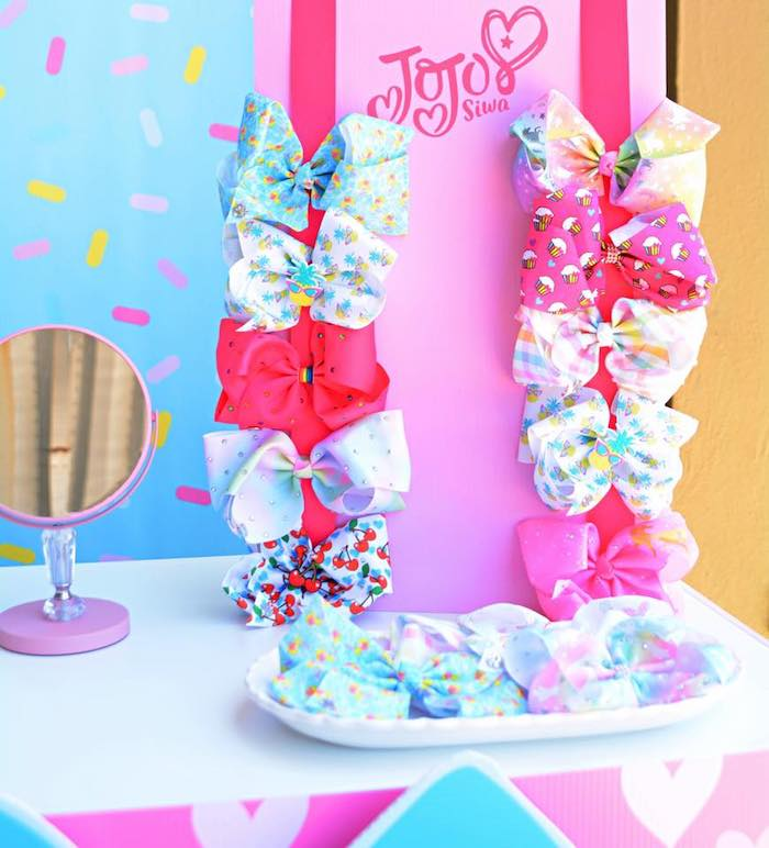 Hair Bows from a JoJo Siwa Girly Glam Birthday Party on Kara's Party Ideas | KarasPartyIdeas.com (12)