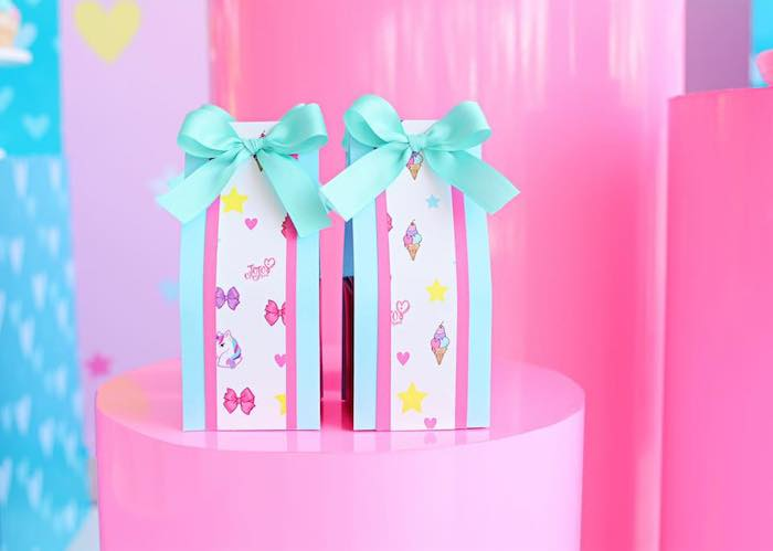 Favor Pouches from a JoJo Siwa Girly Glam Birthday Party on Kara's Party Ideas | KarasPartyIdeas.com (23)