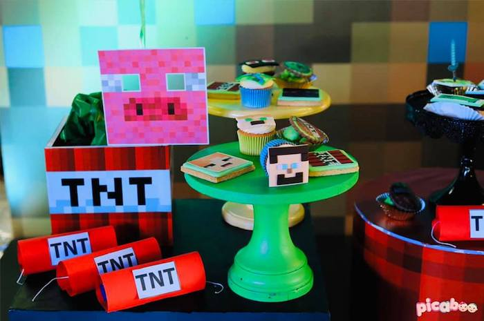 Minecraft Themed Desserts + Decor from a Minecraft Birthday Party on Kara's Party Ideas | KarasPartyIdeas.com (27)