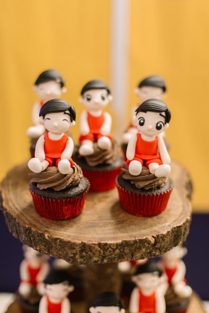 Basketball Player Cupcakes from an NBA Basketball Birthday Party on Kara's Party Ideas | KarasPartyIdeas.com (17)