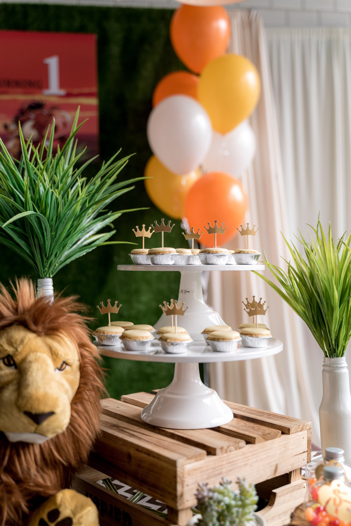 King of the Jungle Dessert Tarts from a Simba & Friends Lion King Birthday Party on Kara's Party Ideas | KarasPartyIdeas.com (19)