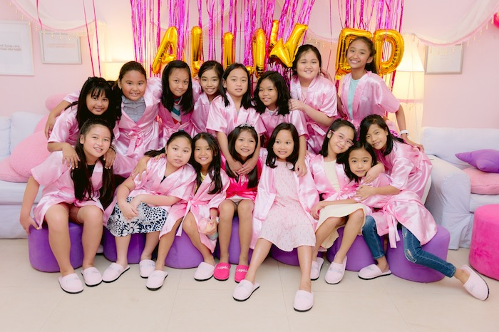 Spa Girls from a Spa Day Birthday Party on Kara's Party Ideas | KarasPartyIdeas.com (8)
