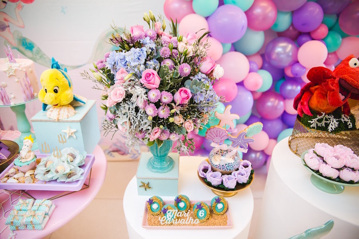 Under the Sea-inspired Floral Arrangement from The Little Mermaid Birthday Party on Kara's Party Ideas | KarasPartyIdeas.com (18)