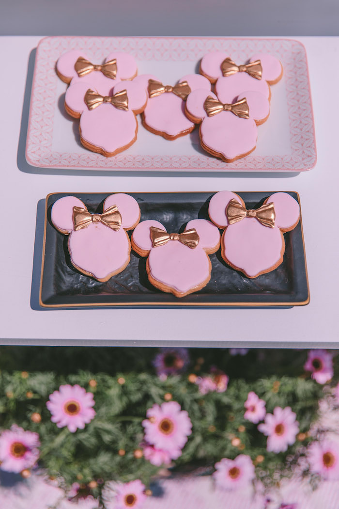 Minnie Mouse Cookies from a Boutique Minnie Mouse Birthday Party on Kara's Party Ideas | KarasPartyIdeas.com (20)