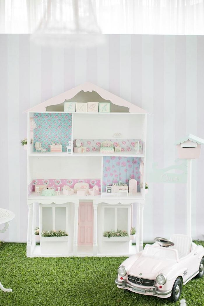 Doll House with Edible Cake Furniture from a Doll House Birthday Party + Cake on Kara's Party Ideas | KarasPartyIdeas.com (36)