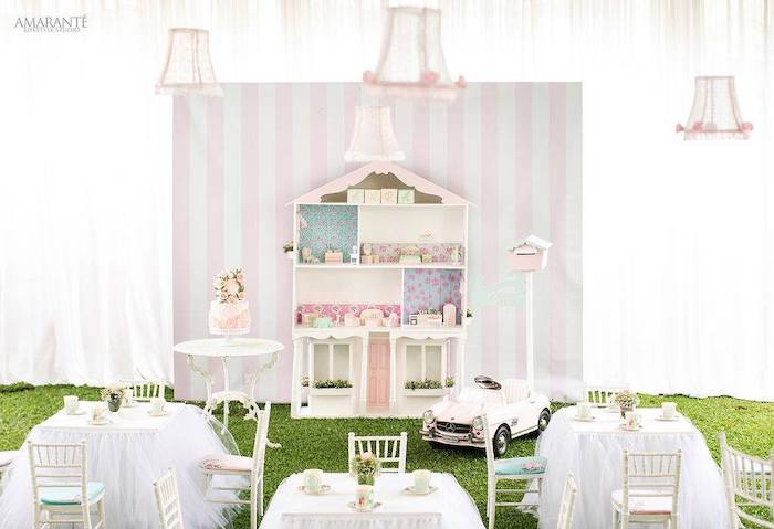 Doll House Birthday Party + Cake on Kara's Party Ideas | KarasPartyIdeas.com (8)