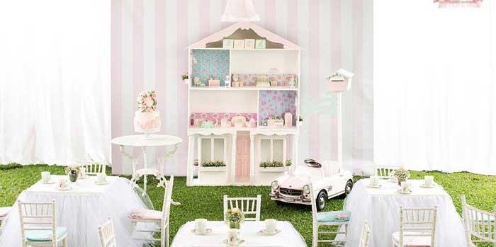 Doll House Birthday Party + Cake on Kara's Party Ideas | KarasPartyIdeas.com (2)