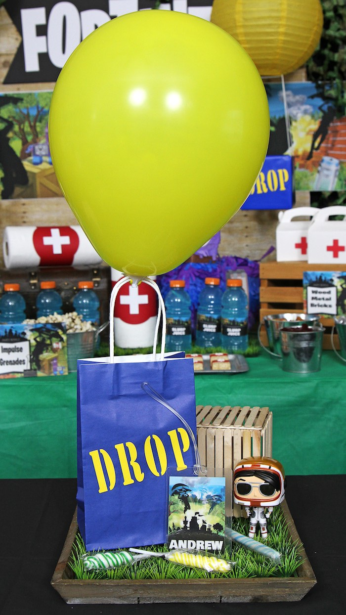 Fortnite Drop Box-inspired Balloon Gift Bag from a Fortnite Birthday Party on Kara's Party Ideas | KarasPartyIdeas.com (5)