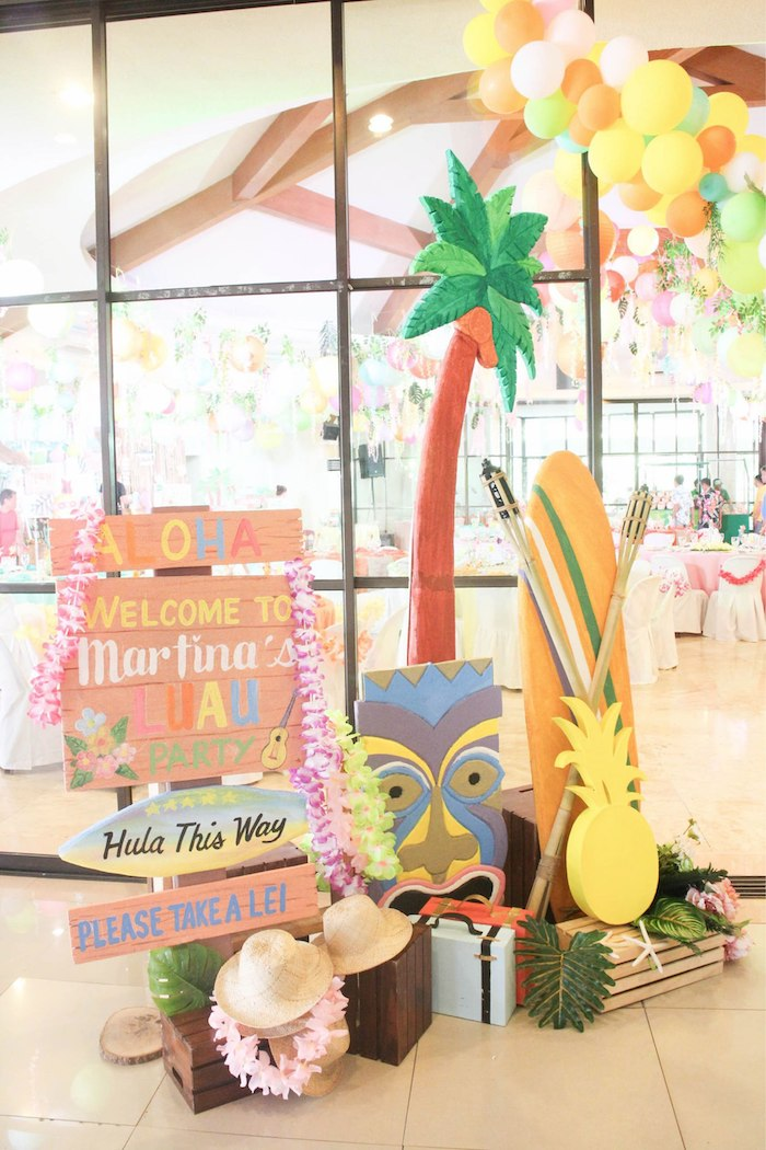 Tropical Party Entrance + Welcome Signage from a Hawaiian Luau Inspired Birthday Party on Kara's Party Ideas | KarasPartyIdeas.com (27)