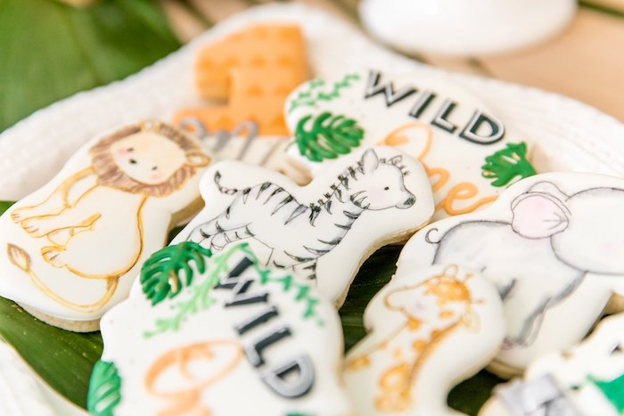 "Jungle Animal Sugar Cookies from a Modern ""Wild One"" 1st on Kara's Party Ideas 
