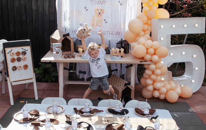 Puppy Party Tables from a Puppy Party on Kara's Party Ideas | KarasPartyIdeas.com (14)
