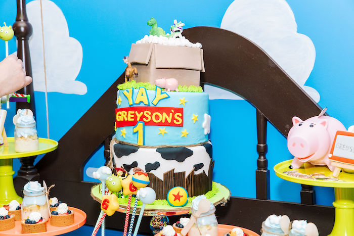 Toy Story Birthday Cake from a Toy Story Birthday Party on Kara's Party Ideas | KarasPartyIdeas.com (25)