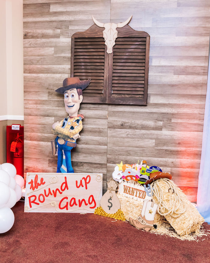 Round Up Gang Photo Booth from a Toy Story Birthday Party on Kara's Party Ideas | KarasPartyIdeas.com (16)