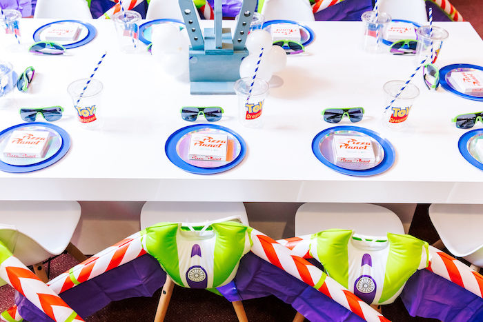 Buzz Lightyear + Pizza Planet Kid Table from a Toy Story Birthday Party on Kara's Party Ideas | KarasPartyIdeas.com (11)
