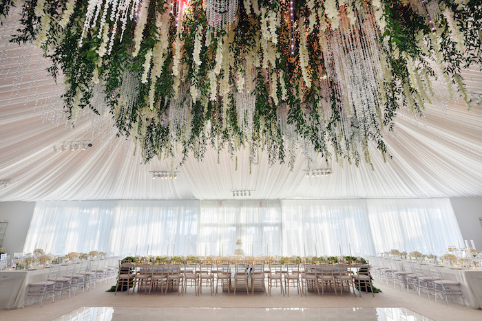 Wedding Styling/Venue - 2019 Wedding Trends from Celebrity Experts on Kara's Party Ideas | KarasPartyIdeas.com (6)
