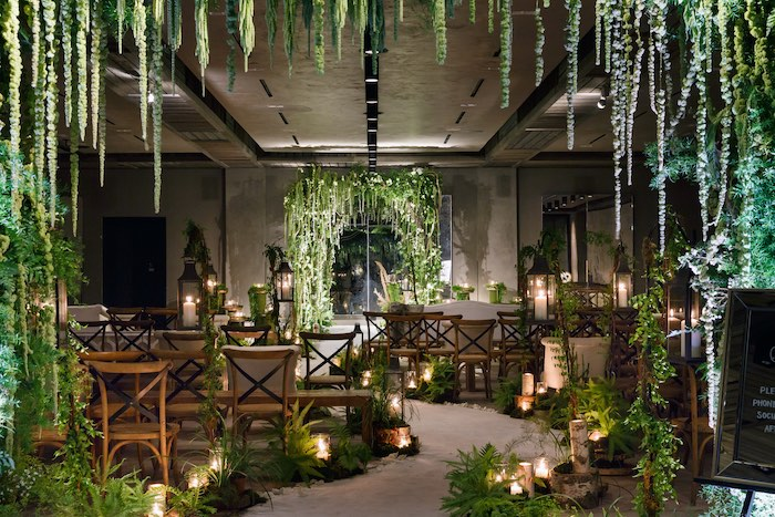 Wedding Styling/Venue - 2019 Wedding Trends from Celebrity Experts on Kara's Party Ideas | KarasPartyIdeas.com (15)