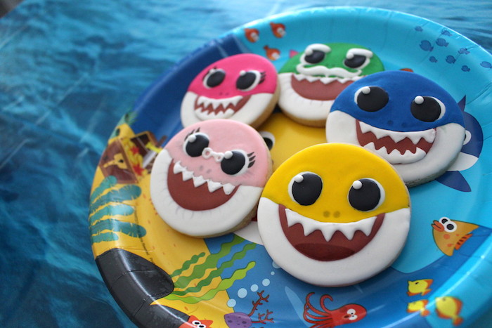 Baby Shark Sugar Cookies on Kara's Party Ideas | KarasPartyIdeas.com (9)