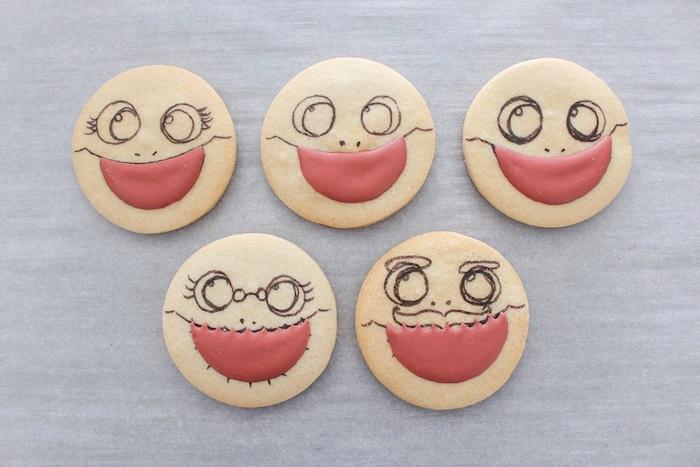 DIY Baby Shark Sugar Cookies on Kara's Party Ideas | KarasPartyIdeas.com (18)