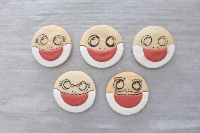 DIY Baby Shark Sugar Cookies on Kara's Party Ideas | KarasPartyIdeas.com (17)