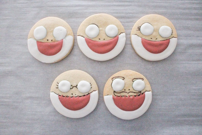 DIY Baby Shark Sugar Cookies on Kara's Party Ideas | KarasPartyIdeas.com (16)