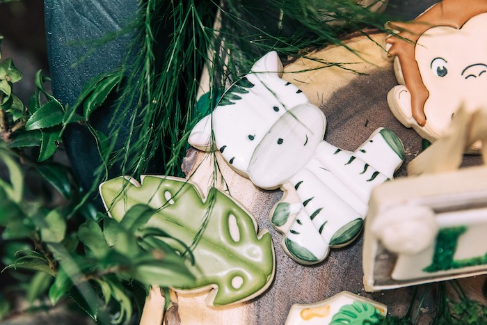 Safari Themed Sugar Cookies from a Curious George Safari Birthday Party on Kara's Party Ideas | KarasPartyIdeas.com (16)
