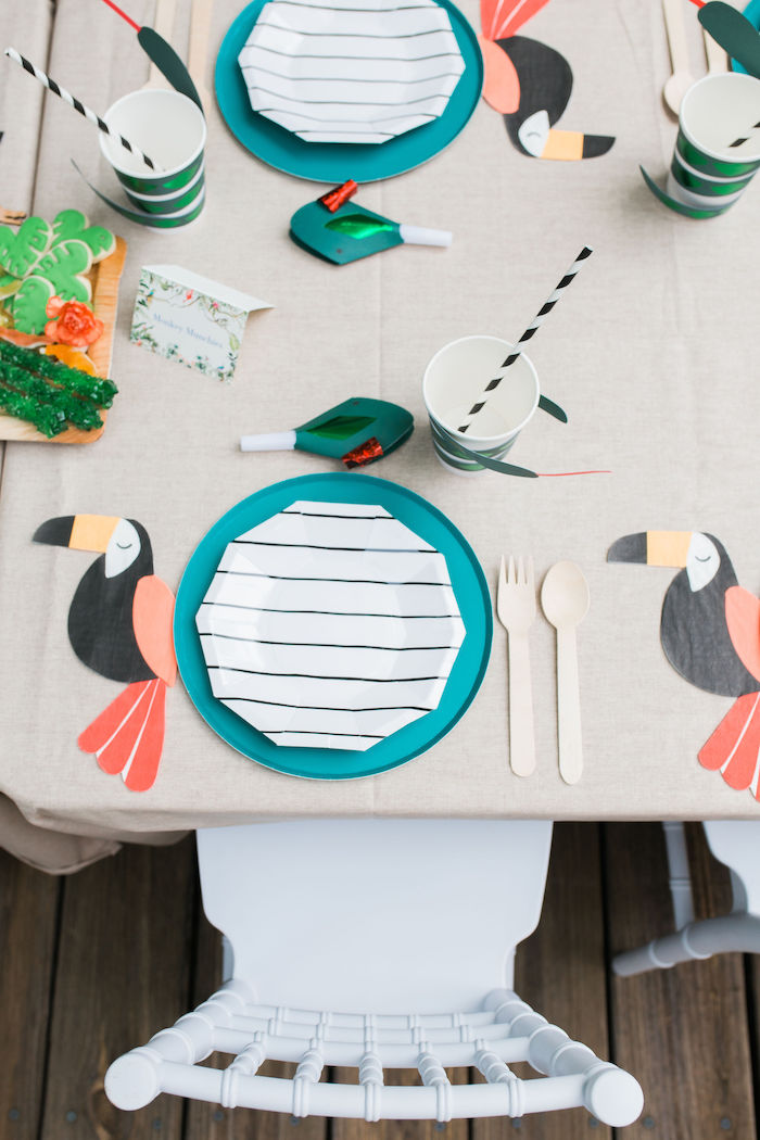 Modern Jungle Table Settings with Toucan Napkins from a Jungle Birthday Party on Kara's Party Ideas | KarasPartyIdeas.com (10)