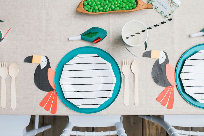 Modern Jungle Table Settings with Toucan Napkins from a Jungle Birthday Party on Kara's Party Ideas | KarasPartyIdeas.com (9)