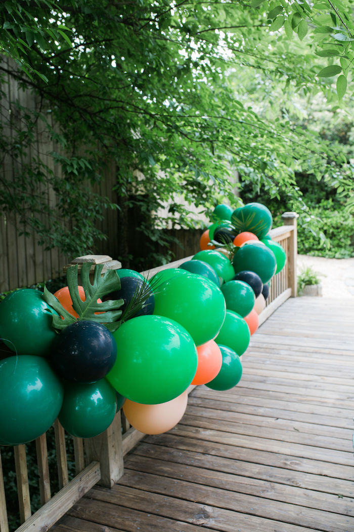 Jungle-inspired Balloon Garland from a Jungle Birthday Party on Kara's Party Ideas | KarasPartyIdeas.com (7)