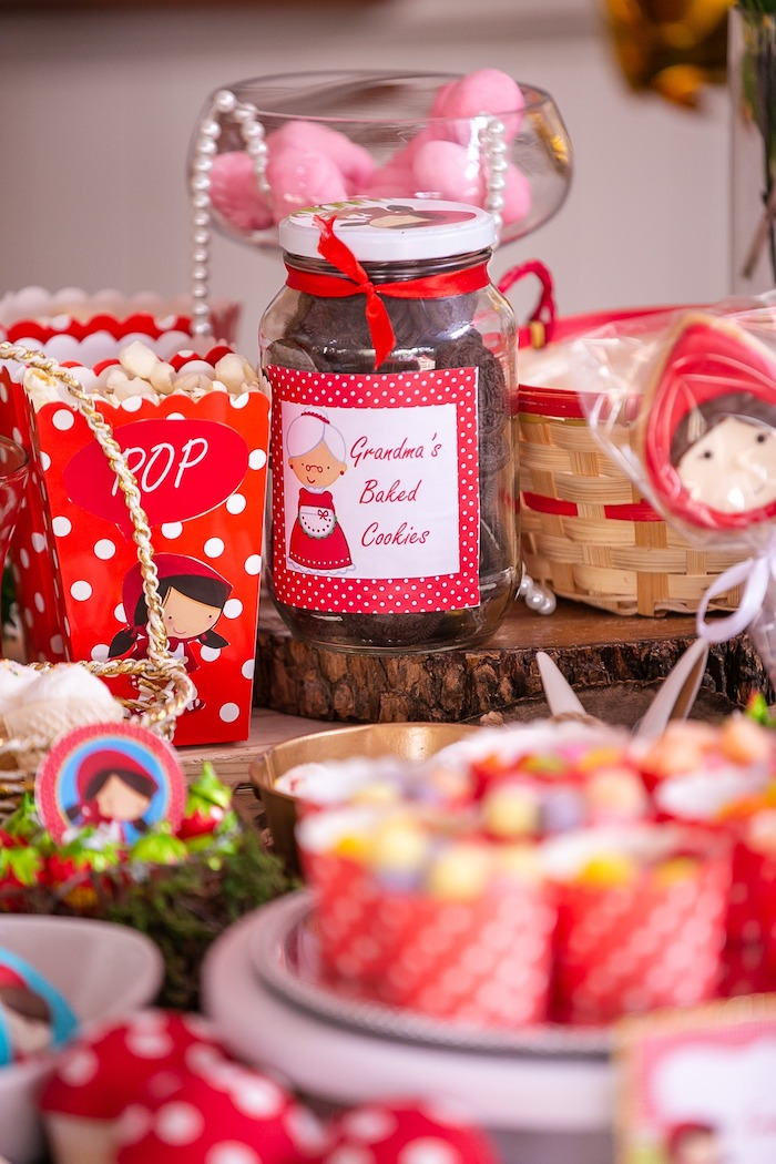 Little Red Riding Hood-inspired Snacks + Sweets from a Little Red Riding Hood Birthday Party on Kara's Party Ideas | KarasPartyIdeas.com (14)