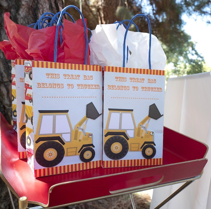Construction Birthday Party Favor Bags on Kara's Party Ideas | KarasPartyIdeas.com