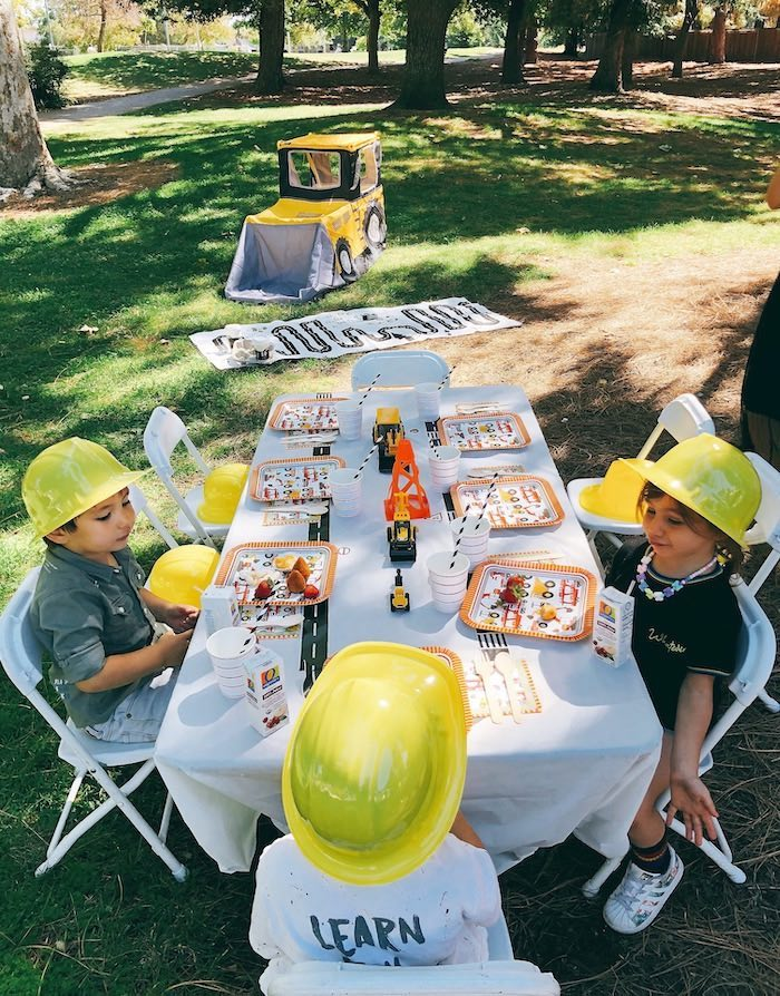Construction Birthday Party Kids Table on Kara's Party Ideas | KarasPartyIdeas.com