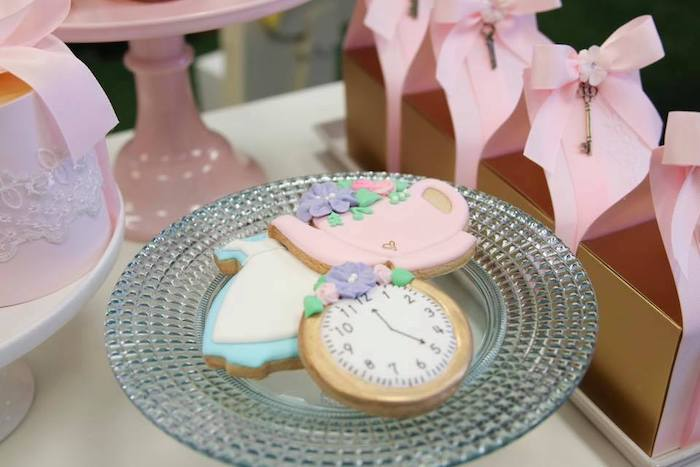 Alice in Wonderland-inspired Cookies from an Alice in Wonderland Tea Party on Kara's Party Ideas | KarasPartyIdeas.com (23)