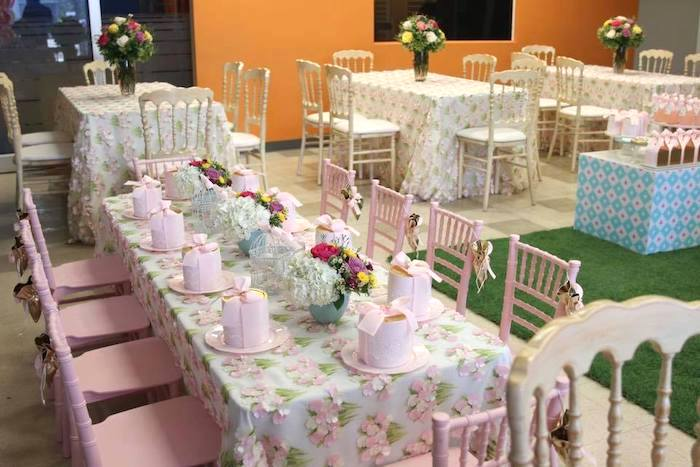 Alice in Wonderland-inspired Guest Tables from an Alice in Wonderland Tea Party on Kara's Party Ideas | KarasPartyIdeas.com (22)