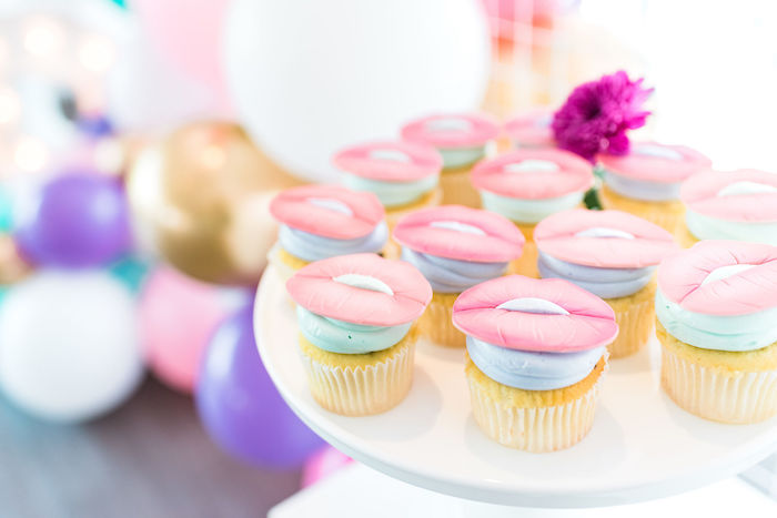 Lip-topped Cupcakes from a Kylie Jenner Inspired Fashion Birthday Party on Kara's Party Ideas | KarasPartyIdeas.com (38)