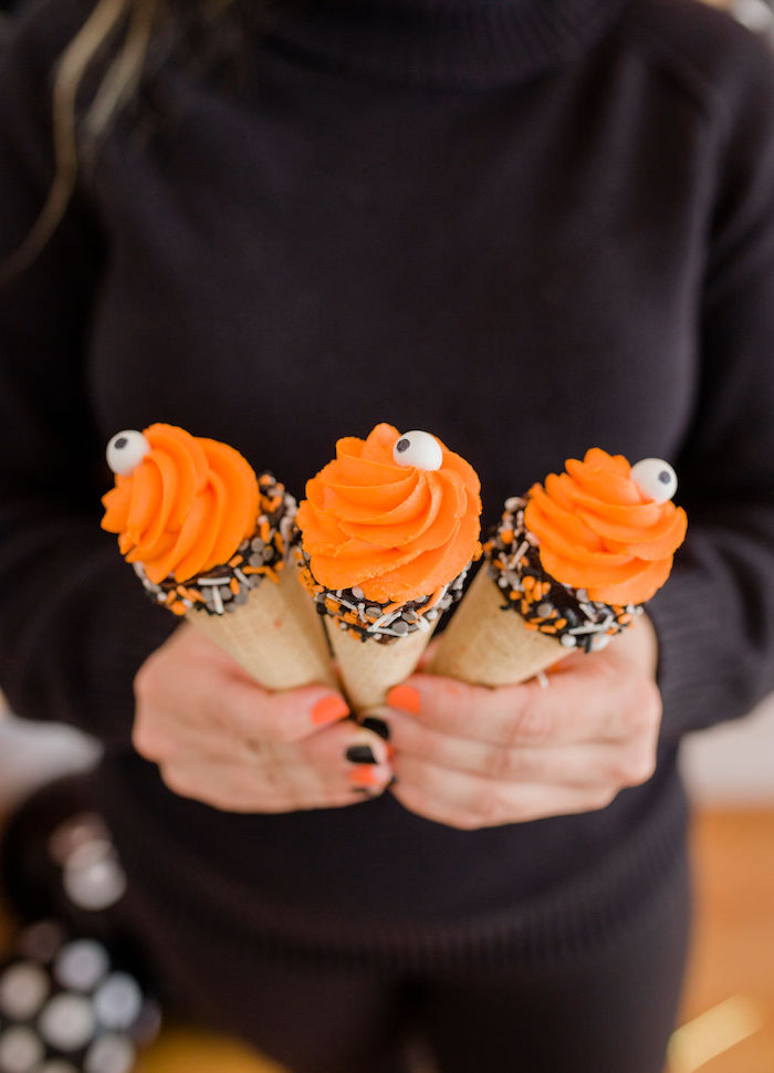 Halloween Sugar Cone Pops from a Classic Halloween Party for Kids on Kara's Party Ideas | KarasPartyIdeas.com (16)