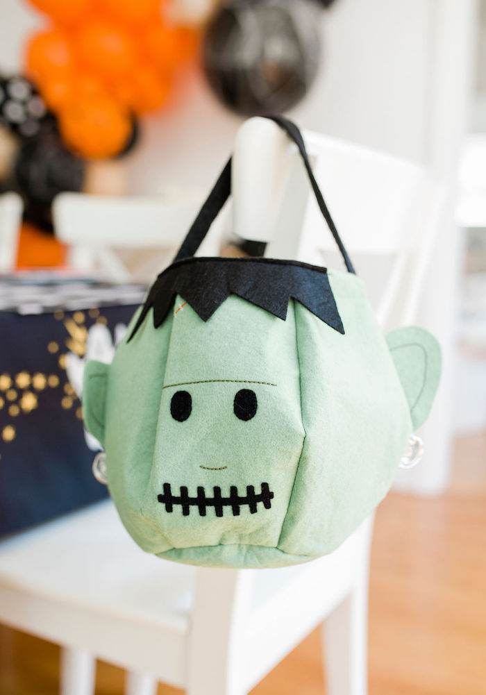 Felt Frankenstein Trick or Treat Bucket from a Classic Halloween Party for Kids on Kara's Party Ideas | KarasPartyIdeas.com (11)