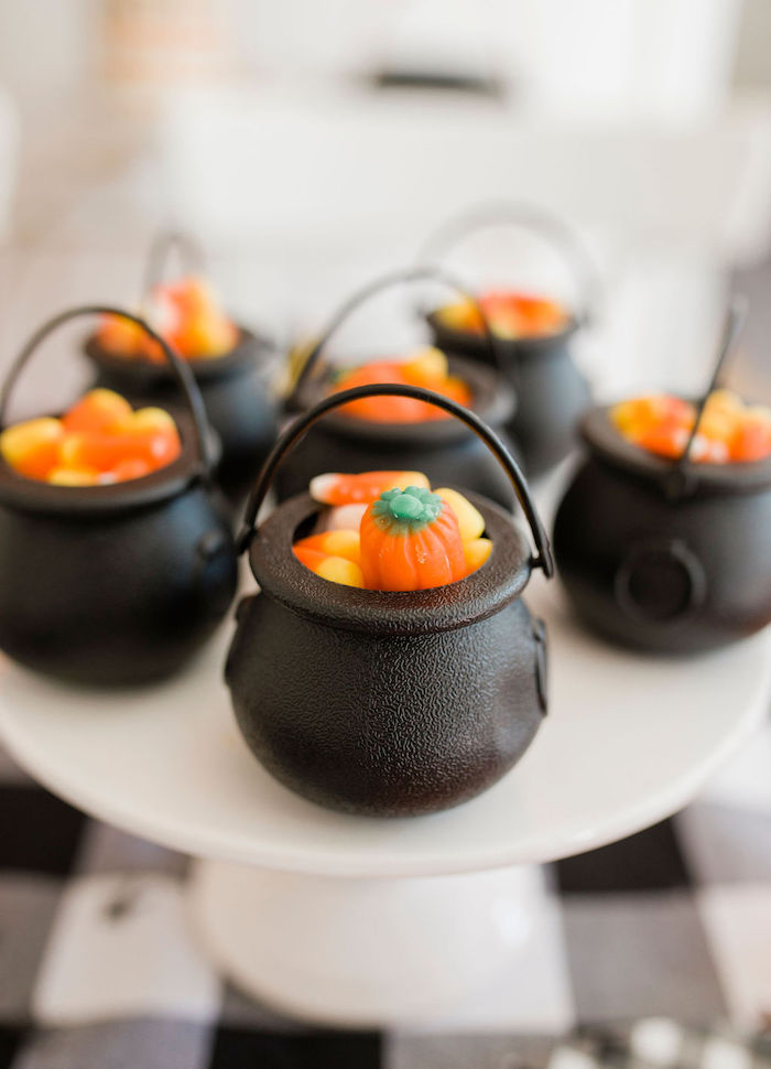 Mini Cauldron Candy Buckets from a Classic Halloween Party for Kids on Kara's Party Ideas | KarasPartyIdeas.com (37)