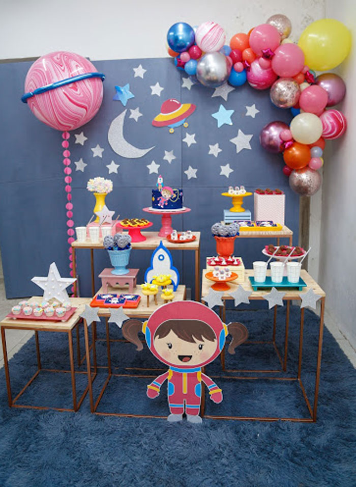 Modern Astronaut Birthday Party on Kara's Party Ideas | KarasPartyIdeas.com (8)