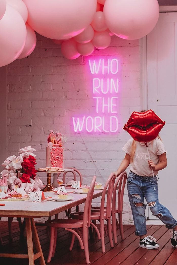 Guest Table from a Modern + Pink Girls Run the World Birthday Party on Kara's Party Ideas | KarasPartyIdeas.com (9)