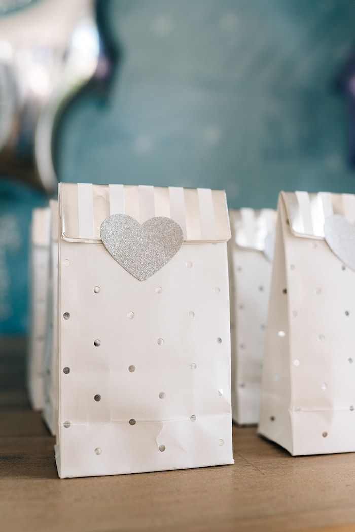 Silver + White Heart Sacks from a Stylish Frozen Birthday Party on Kara's Party Ideas | KarasPartyIdeas.com (33)