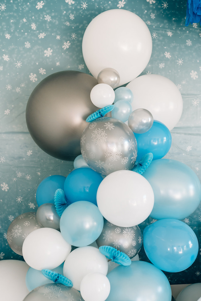 Frozen-inspired Balloon Garland from a Stylish Frozen Birthday Party on Kara's Party Ideas | KarasPartyIdeas.com (29)