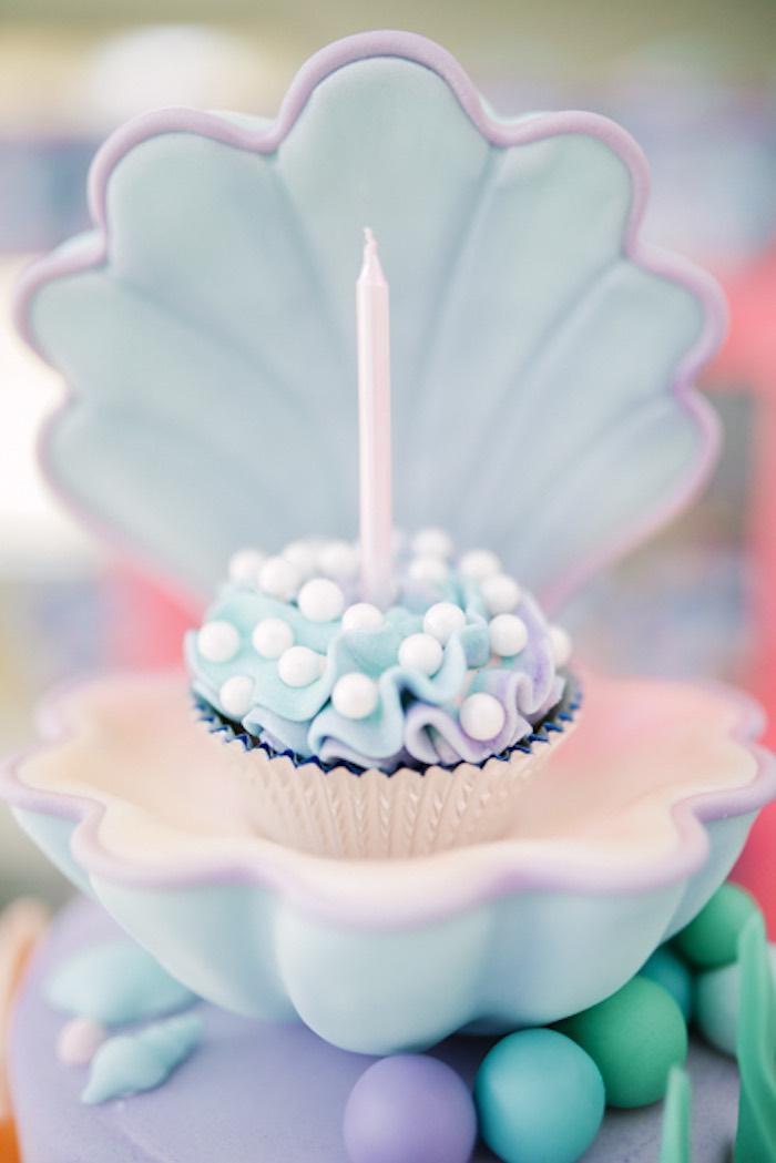 Under the Sea Cupcake from an Under the Sea Birthday Party on Kara's Party Ideas | KarasPartyIdeas.com (21)
