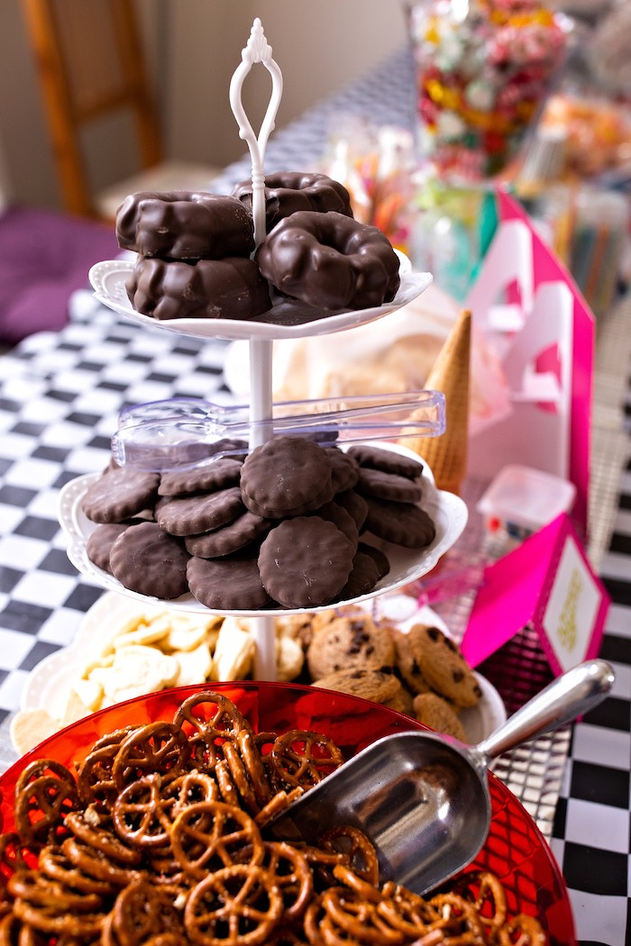 Candy Rush-inspired Wheel Cookies from a Wreck-it-Ralph Birthday Party on Kara's Party Ideas | KarasPartyIdeas.com (26)