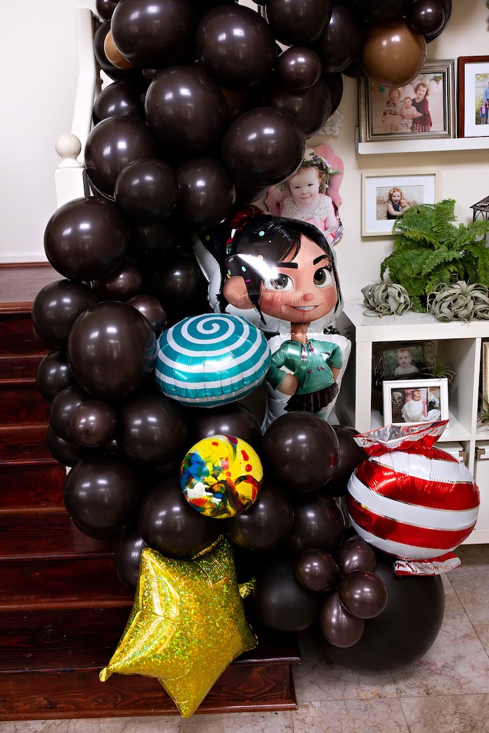 Sugar Rush Game-inspired Balloon Installation from a Wreck-it-Ralph Birthday Party on Kara's Party Ideas | KarasPartyIdeas.com (23)