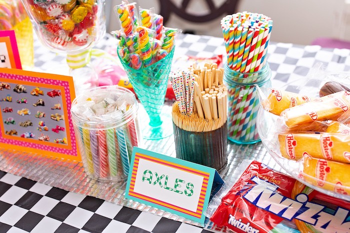 Wreck-it-Ralph Party Table from a Wreck-it-Ralph Birthday Party on Kara's Party Ideas | KarasPartyIdeas.com (38)